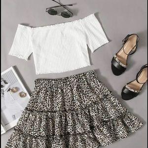 ❤️HOST PICK❤️ Off Shoulder Top and Leopard Skirt